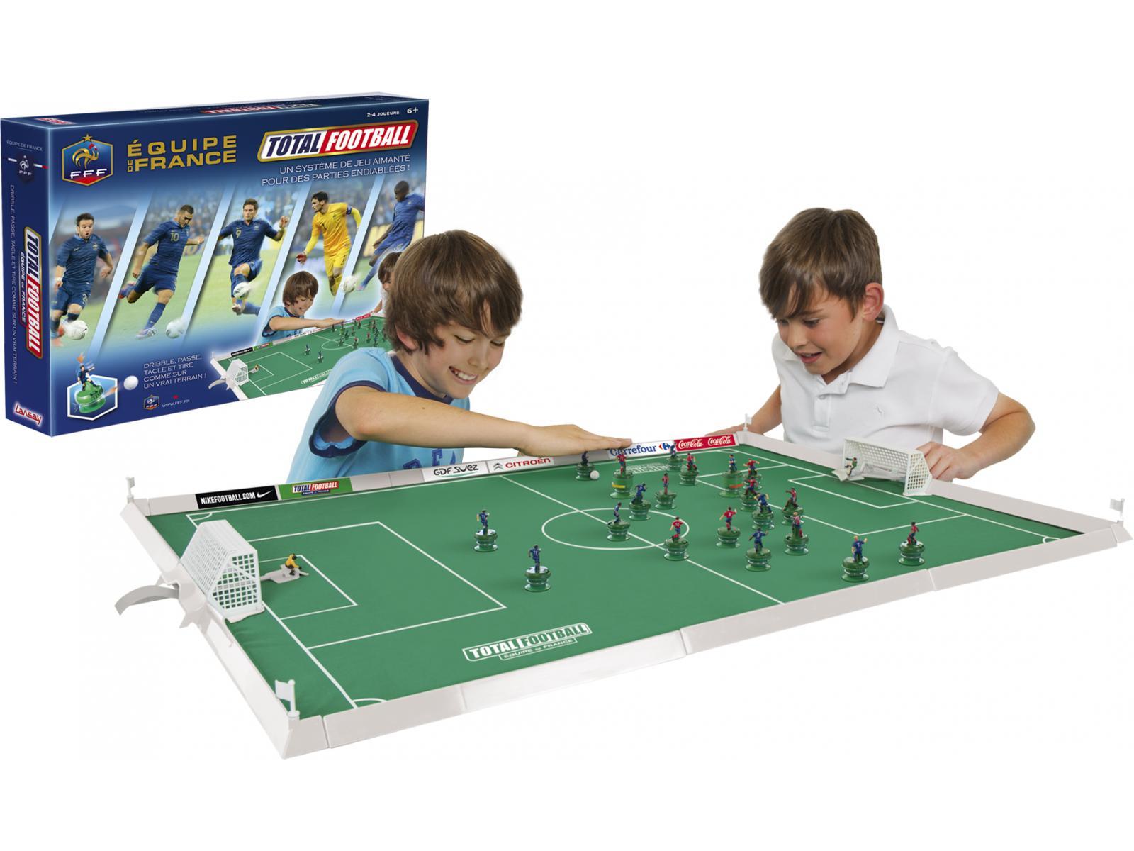 http://www.jeuxetjouetsenfolie.fr/image/207024/1600x1200/0/lansay-26055-total-football-equipe-de-france.jpg